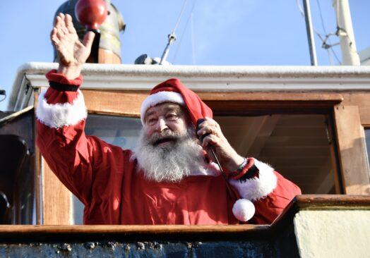 Julemanden kommer sejlende